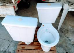 Sanitário com caixa acoplada 3,6l