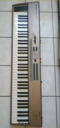 Sintetizador Kurzweil SP76