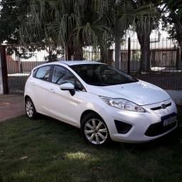 New Fiesta branco 2012 1.6 impecável