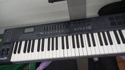 Teclado controlador sucata m audio Axiom 61