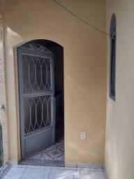 Alugo casa em vila Brasil