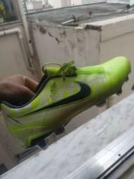 Nike Phantom campo