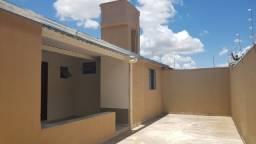 Casa 2Q, Sala, CZ, BH - FD. St. Monica R$650,00 -Exige renda acima de 1.900.00