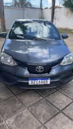 Vendo Toyota Ethios