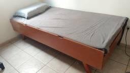 Cama de solteiro madeira vintage