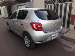 Renault Sandero Authentique 1.0 completo - 2018