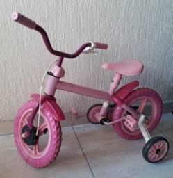 Bicicleta menina