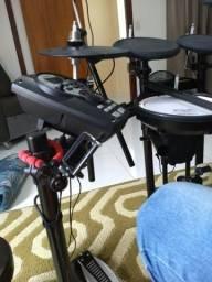 Bateria Roland Drums TD-11