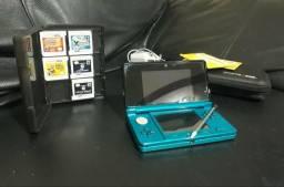 Usado, Nintendo 3ds (Aqua Blue) com 6 jogos, caixa e bolsa para guardá-los, carregador e AR Cards comprar usado  Americana