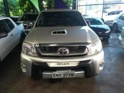 Toyota Hilux SRV CD 4x4 3.0 automatica 2010 - 2010