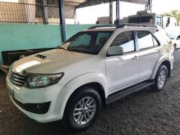 Toyota Hilux SW4 - 2014 - 2014