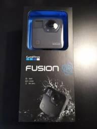 Gopro Fusion 360 / Video 5.2k / Foto 18 Megapixels + Cartões de Memória 64GB
