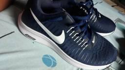 Vendo tênis Nike Zoom