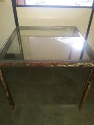 Mesa em metalon escovado com quatro cadeiras