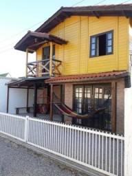 Alugo casa Ponta do Papagaio/Pinheira