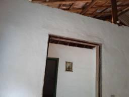 Alugo casa em São Bento, entre Nossa Senhora do Amparo e Santa Isabel