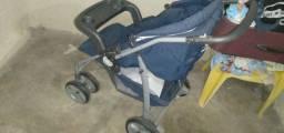 Vendo carrinho de bebê bem conservado sou de caruaru