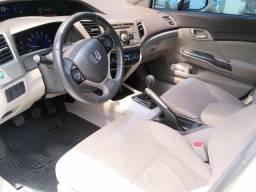 Carro Honda Civic LXS - 2014