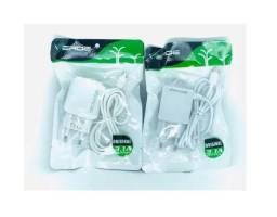 Carregador Celular Verde 3.1a Max + 2 Entradas USB