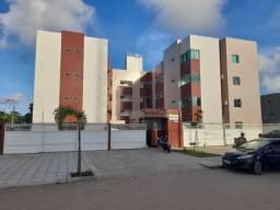 Apartamento de dois e três quartos no portal do sol com piscina