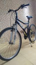 Bicicleta marca caloi, 500,00 tem conversa no preço. Ou troço por algo do meu interesse