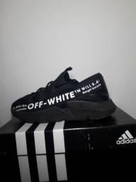 Adidas OFF-WHITE novo na caixa.