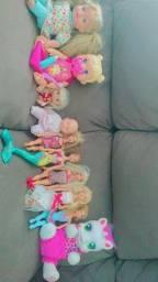 Lote de bonecas, estão conservadas