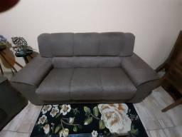 Título do anúncio: Vendo 2 sofás de 3 lugares modelos diferentes R$300.os dois.