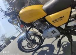 Título do anúncio: Suzuki intruder