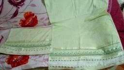Conjunto de toalha bordado
