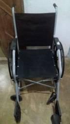 Cadeira de rodas 350,00