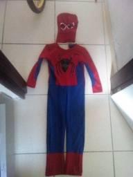 Fantasia do homem aranha semi novo