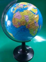 Título do anúncio: Globo terrestre em plástico resistente 14 cm