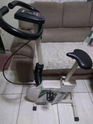 Bicicleta ergométrica moviment funcionando perfeitamente