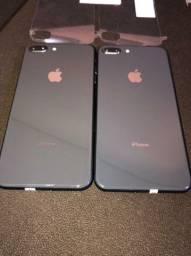 iPhone 8plus, vitrine.