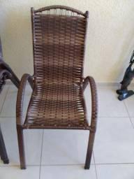 Vendo 2 cadeiras de junco
