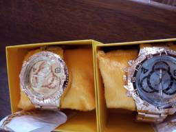 Vendo kit com relógio e pulseira