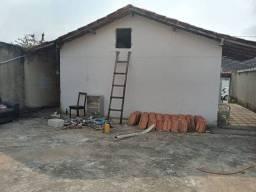 Casa no Condomínio Village da Serra no Horto 2 quartos com lote 200 m2
