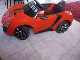 Carrinho bandeirantes roadster gt 12v