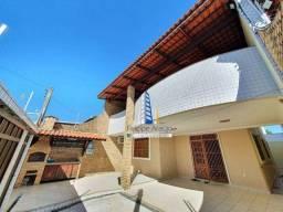 Casa com 4 dormitórios à venda, 265 m² por R$ 770.000,00 - Cambeba - Fortaleza/CE