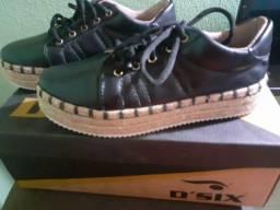 """Sapato marca """"Vitoria """""""