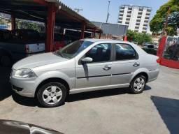 Fiat Siena 1.0 completo - 2010
