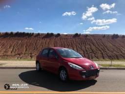 Peugeot 307 Presence 1.6 - Completo - (Excelente Estado) - 2011