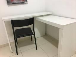 Vendo mesa para estudo com cadeira