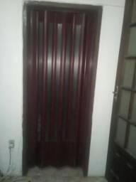 Vendo uma porta sanfonada completa