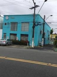 Alugo prédio comercial na Av. Japurá - centro