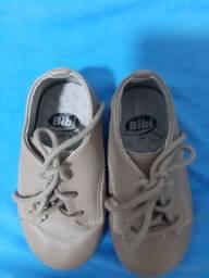 Sapato Bibi couro n22