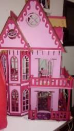 Casinha de bonecas decorada e mobiliada 75cm