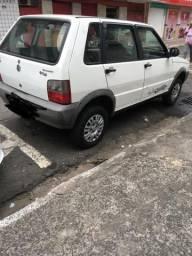 Fiat Uno/ básico 4 portas - 2013