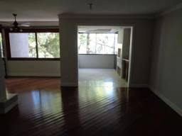 Apartamento três dormitórios sendo duas suítes na Auxiliadora